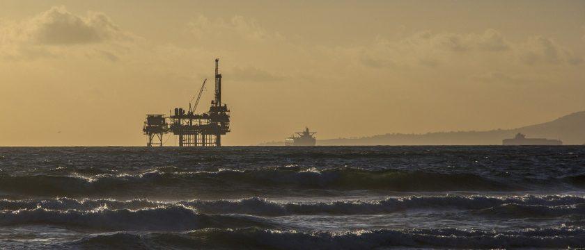 oil-platform-bird-control